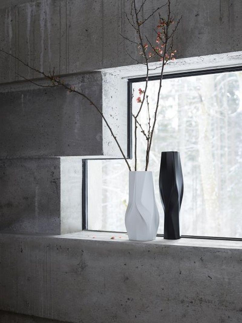 Weave vases by Zaha Hadid Design