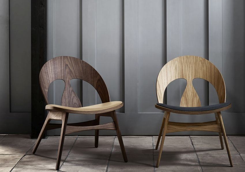 Carl Hansen & Søn Reproduces Iconic Contour Chair by Børge Mogensen