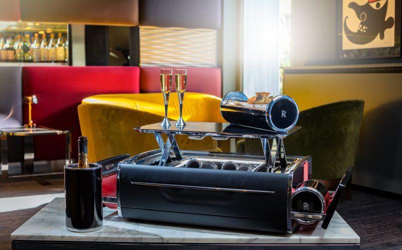 Rolls-Royce Unveils $45,000 Champagne Chest
