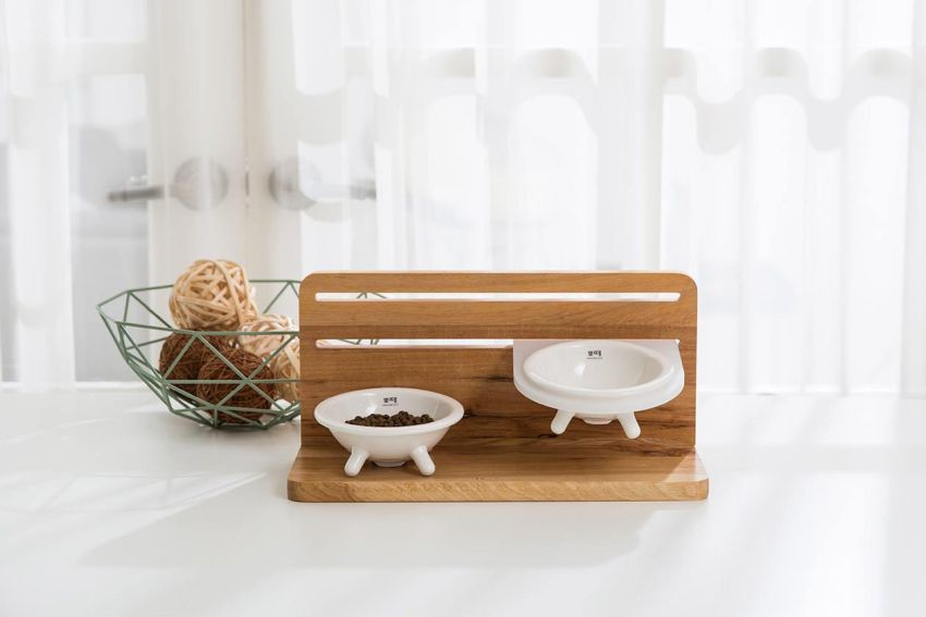 Taberu Cat Dining Station by Tuft & Paw