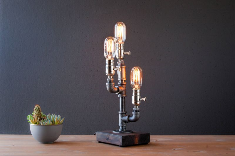 Steel Pipe Table Lamps can Add Steampunk Style into any Home