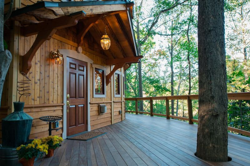 You can Book This Luxury Treehouse Rental in Ashville on Airbnb