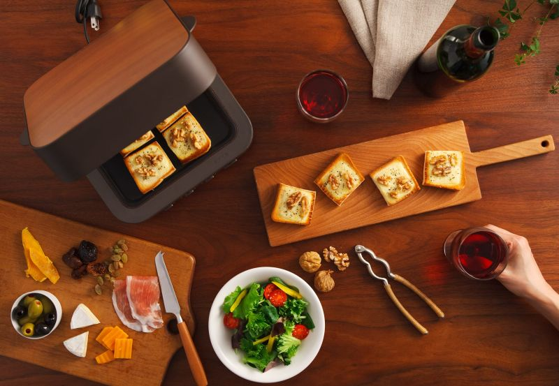 Mitsubishi Electric's Bread Oven Bakes The Perfect Toast