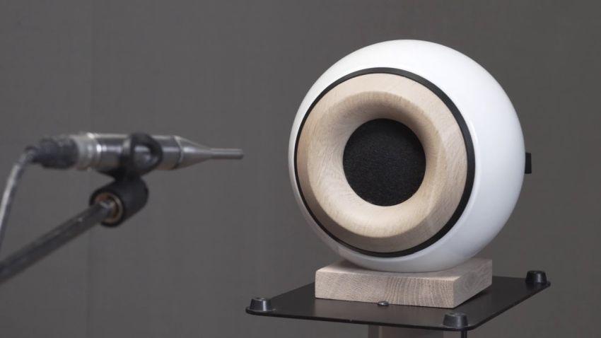 Oupio Bluetooth Speaker & Smart Lamp