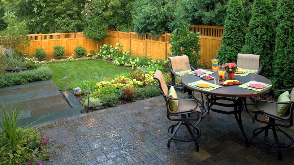 Outdoor Insider – How to Make the Most Out of a Small Backyard