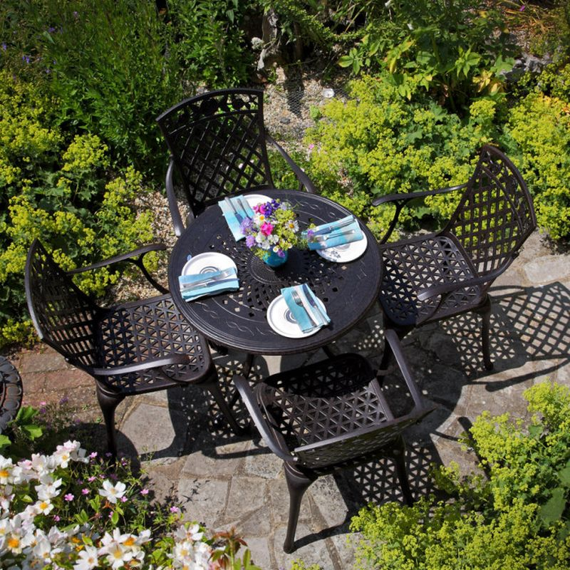 small garden furniture ideas