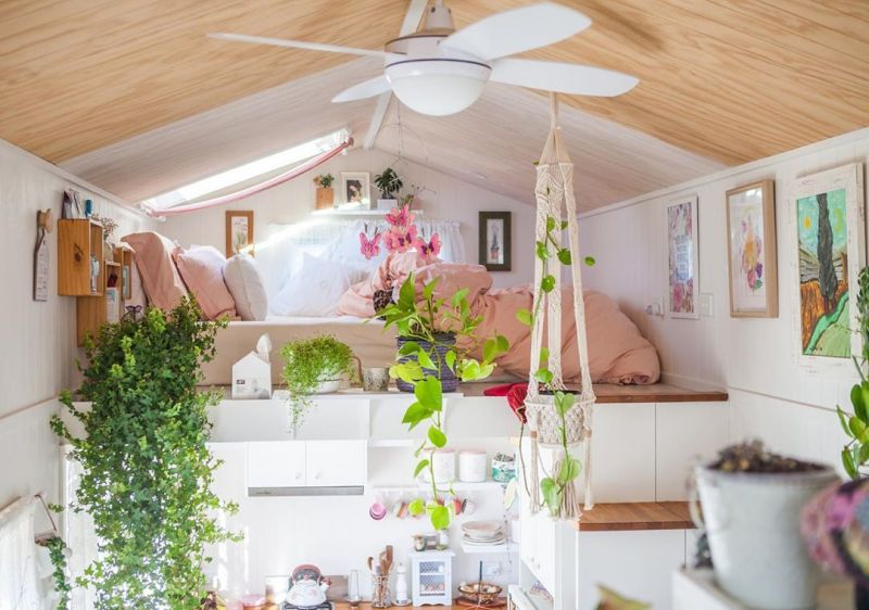 Dolly Rubiano's Tiny MissDolly on Wheels Features Two Lofts and Walk-in Wardrobe