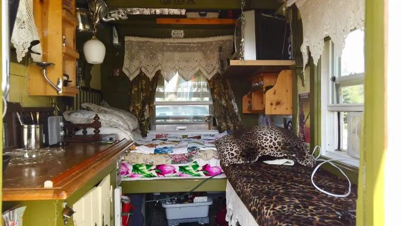 Elderly Lady Build Her Dream Tiny House on Wheels for Just $5K
