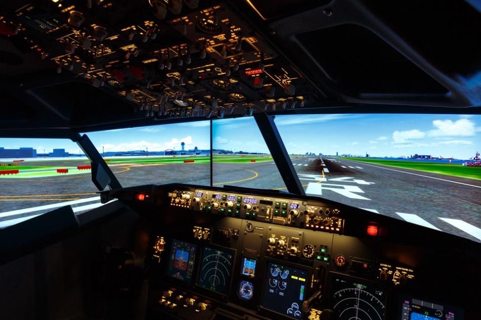 Haneda Excel Hotel Tokyu Superior Cockpit Room with Flight Simulator