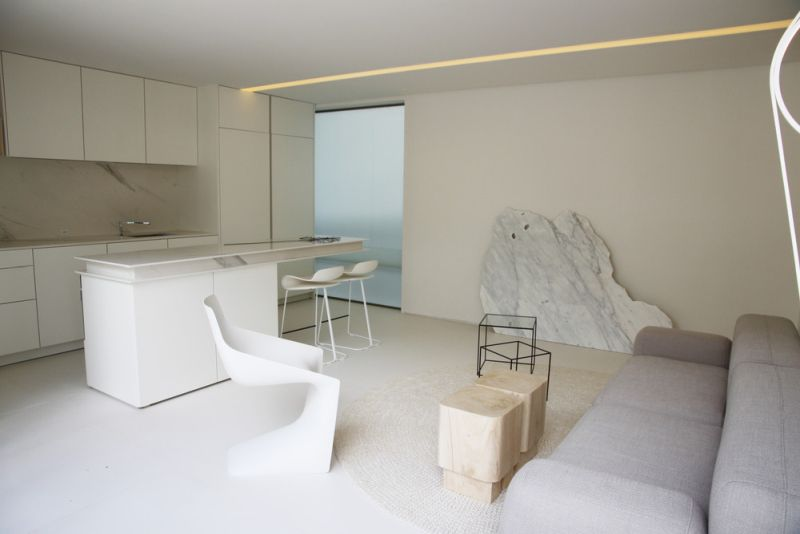 Marilia Pellegrini Presenting Luxury Shipping Container House at Casacor 2019