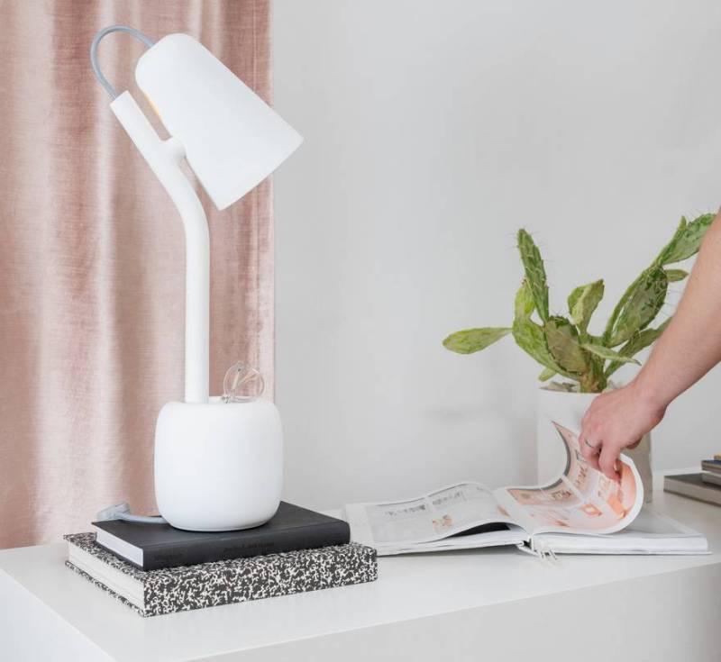 Suyo Table Lamp