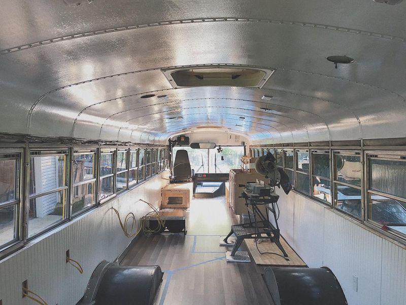US Couple Transforms School Bus into Mobile Home for $16k