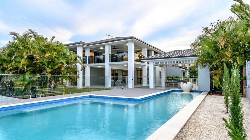 Wynnum Ensuite without Walls Auctioned for $1.9 million