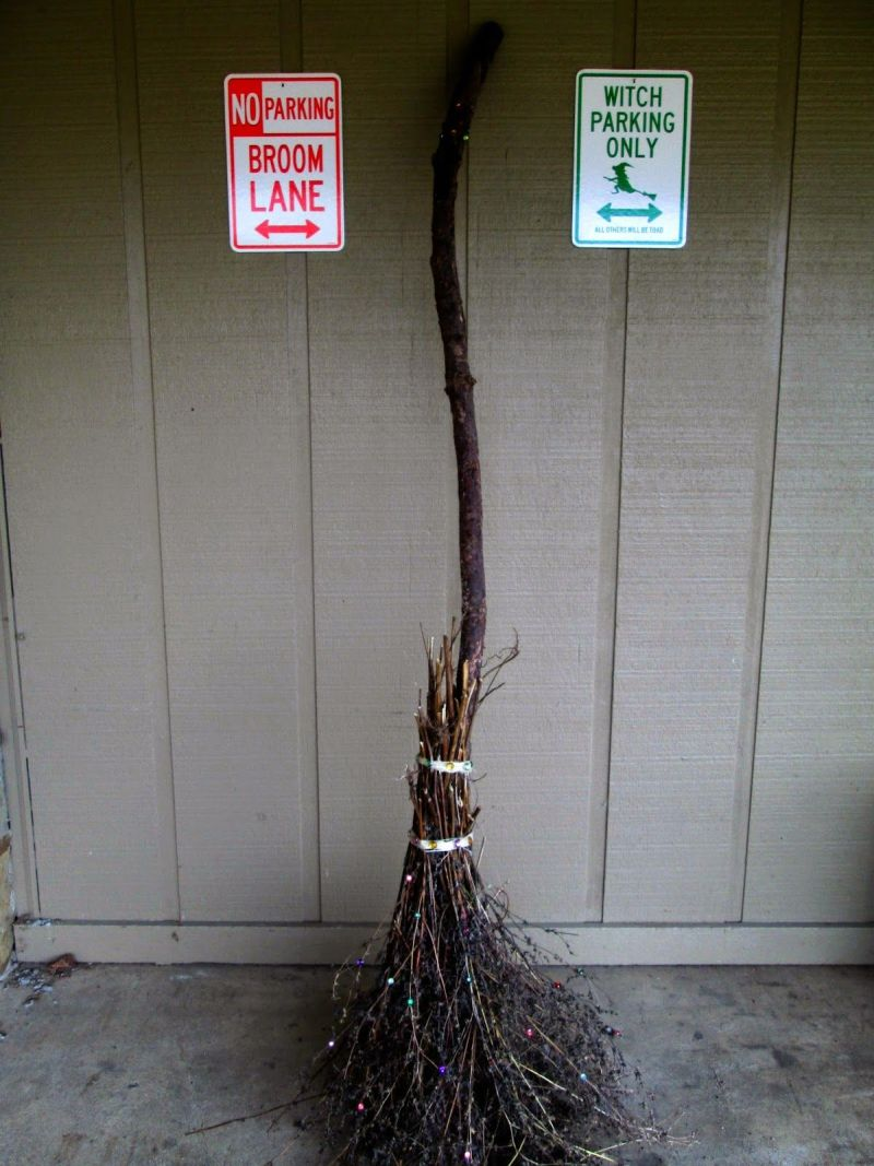 DIY witch broomstick