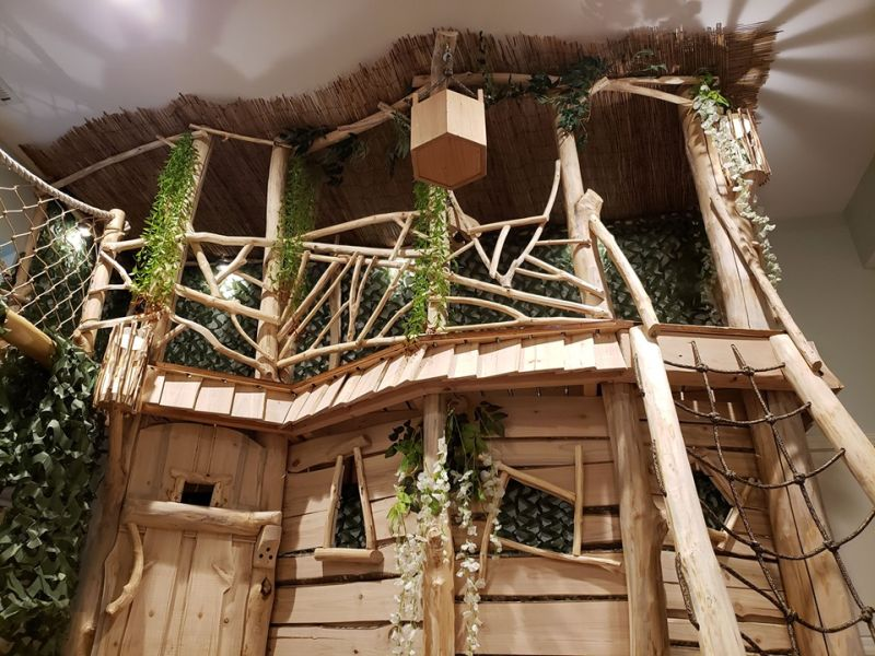 Dad Builds Amazing Indoor Treehouse for His Kids