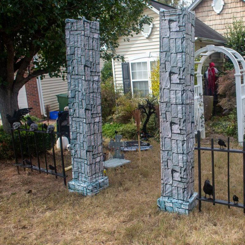 25+ DIY Outdoor Halloween Decorations You Can Make At Home