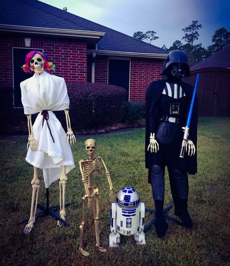 May the Force be with skeletons