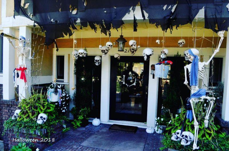 Skulls hanging at front door