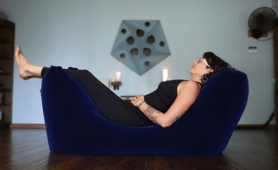 Zero Gravity Zen Beanbag Chair Provides Your Body Total Relaxation