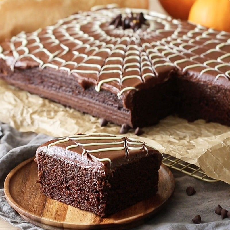 Amazing Chocolate Spider Web Cake for All Hallows Eve