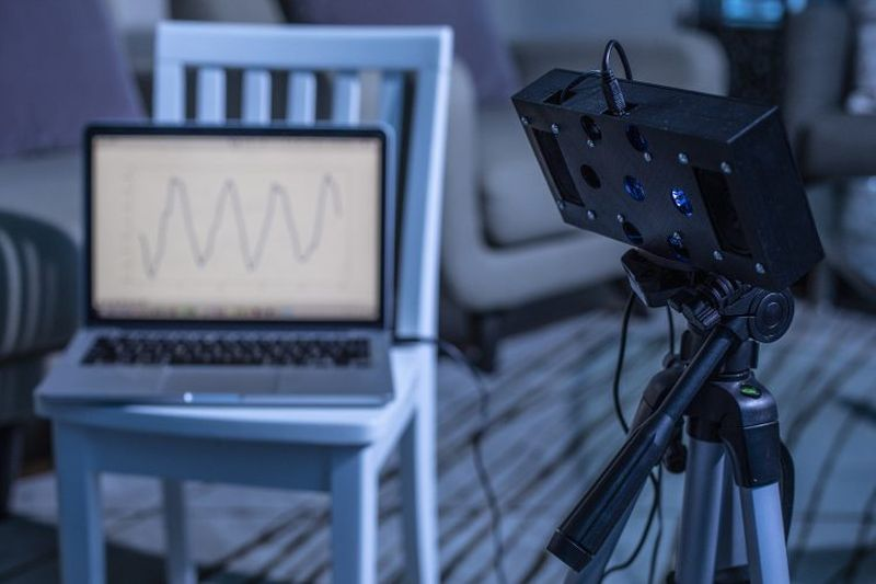 BreathJunior Smart Speaker System Uses White Noise to Monitor Infant's Breathing
