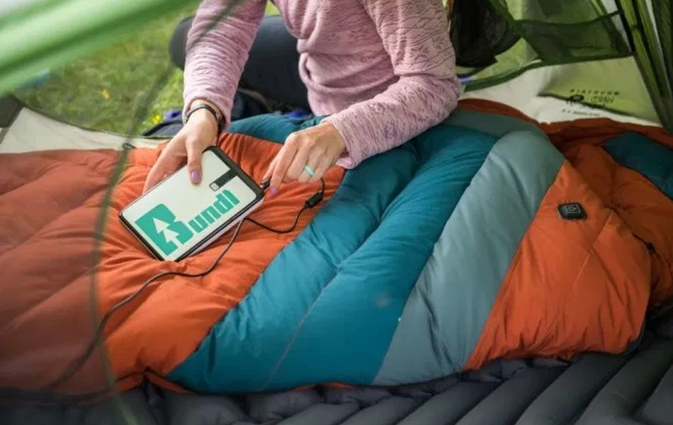 Bundl is the World's First IoT Heated Sleeping Bag with Portable Battery