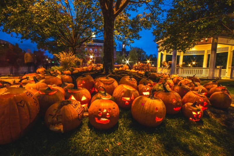 Must Attend These Fun and Spooktacular Halloween Fests in US