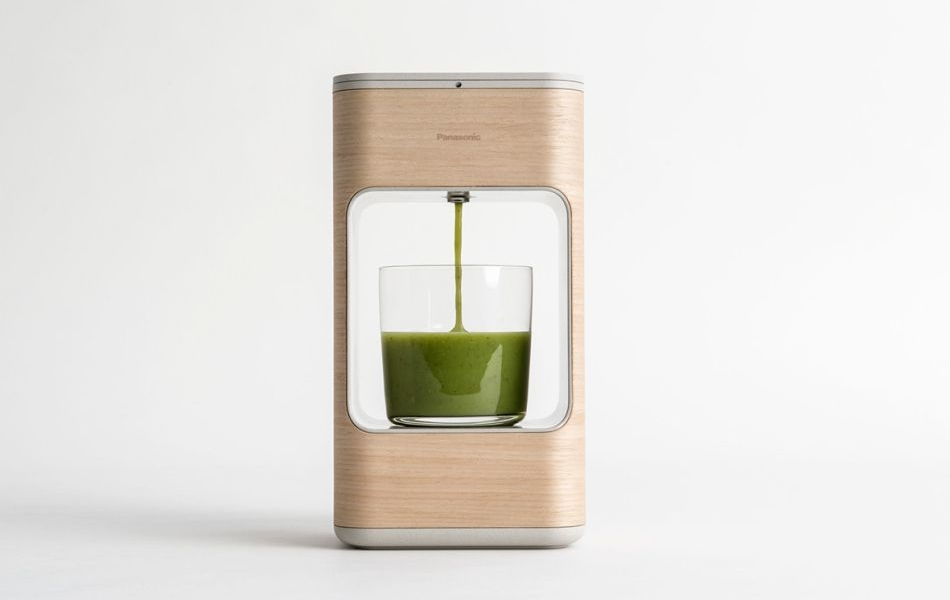LAYER Designs SHOT AI-Powered Smoothie Maker for Panasonic