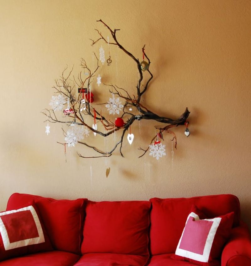 Impeccable Christmas Wall Decoration Ideas for This Festive Season
