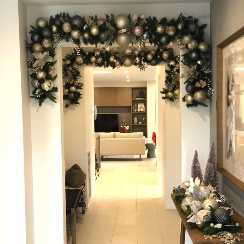 Impeccable Christmas Wall Decoration Ideas For The Festive Season