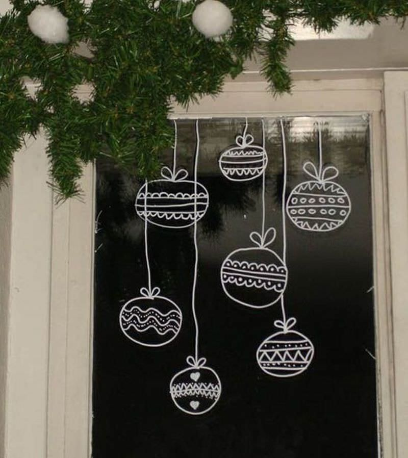 Super Cute and Easy Christmas Window Decoration Ideas