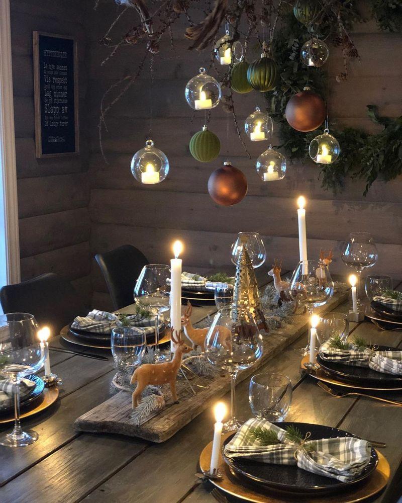 Modern Christmas tablescape ideas for 2019