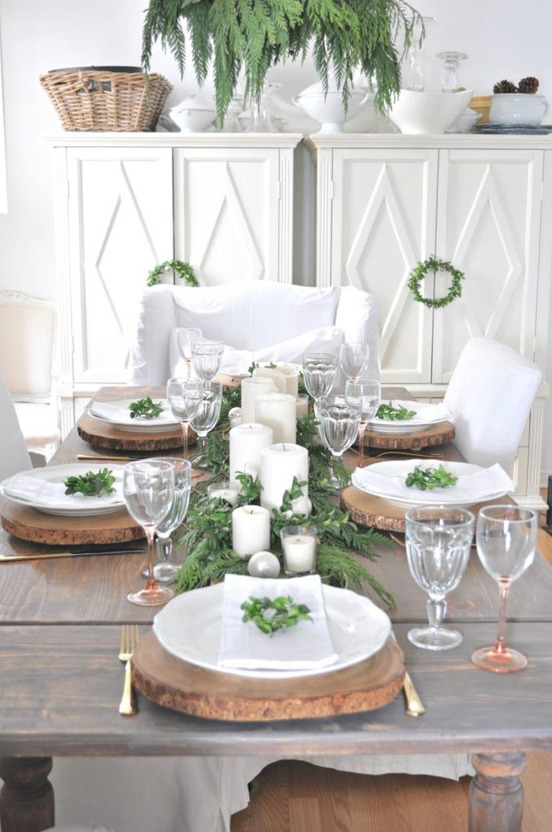Rustic Christmas dining table