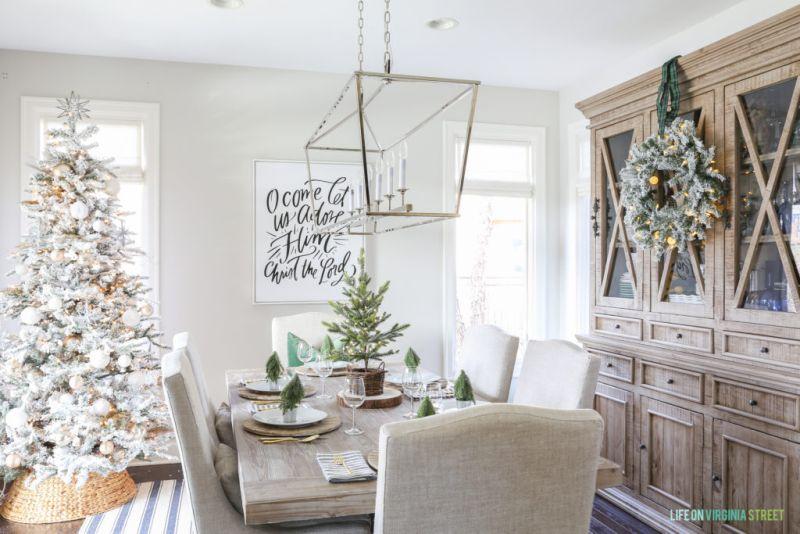 Woodland Christmas table décor