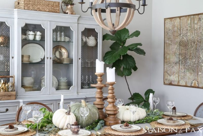 Neutral Thanksgiving Table Décor ideas