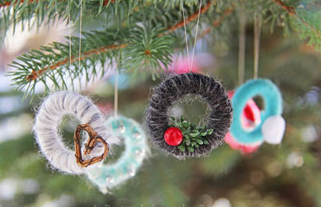 Homemade Christmas Tree Ornaments You can DIY This Year