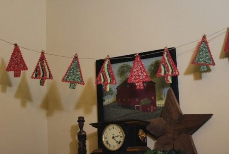 DIY vintage-christmas-garland from fabric