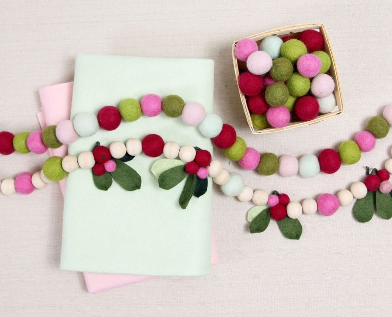 Felt ball DIY christmas-garland