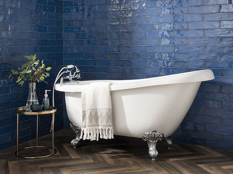Free-standing and claw foot bathtubs will be popular in coming years