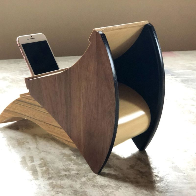 Clappin Jam Wooden Smartphone Dock at Maison&Objet 2020