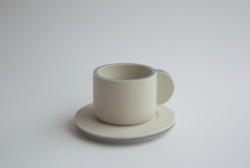 Yuting Chang Creates Unique Ceramic Tableware that Resembles Ply Board
