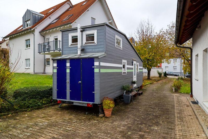 German Gamer's Tiny House with Amazing Computer-Setup